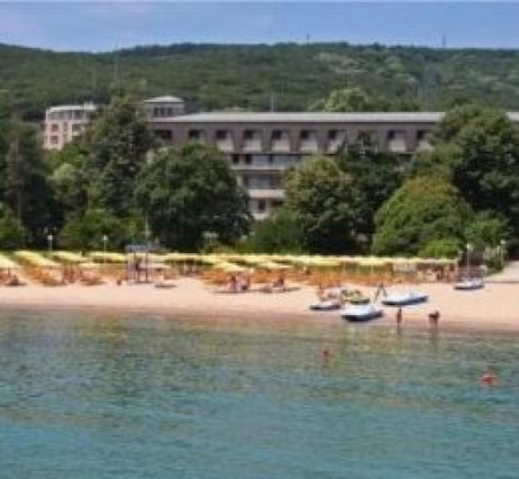 изображение от хотел лотос ривиера