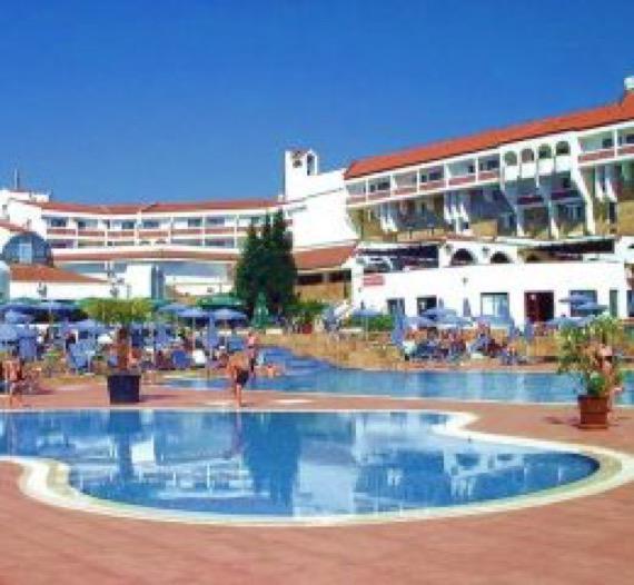 снимка на хотел холидей вилидж дюни