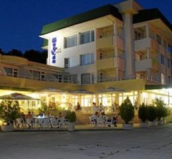 хотел марина китен изображение отвън