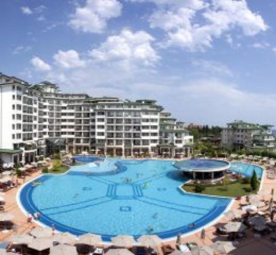 снимка на хотел Емералд Бийч Ризорт и СПА, Равда