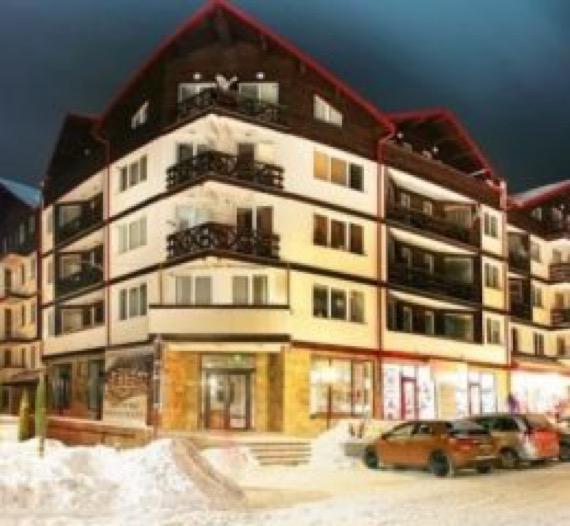 Нова Година на ски в Боровец полупансион в центъра на курорта снимка хотел иглика палас боровец