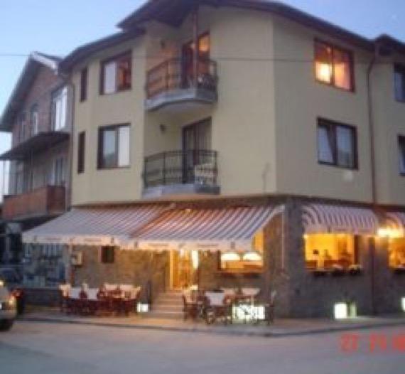 хотел турист чепеларе основна снимка