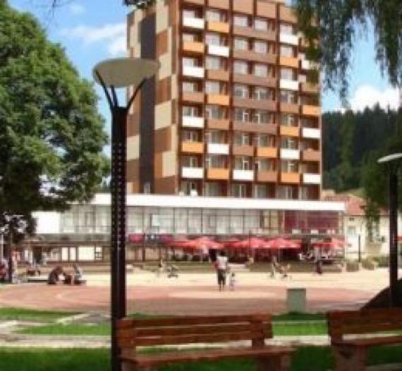 снимка на хотел чепеларе в град чепеларе