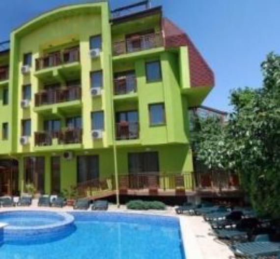 хотел грийн хисаря снимка външен басейн