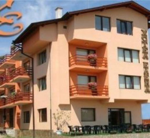 снимка семеен хотел елена самоков