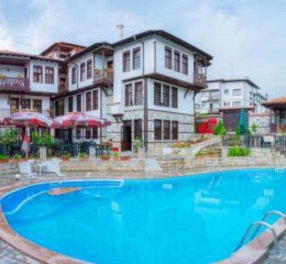 Александрови къщи, Златоград - Почивка от БГ Хотели