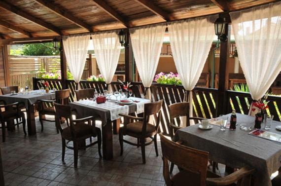 Хотел Видин - Видин снимка на лятна градина