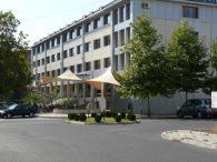 Хотел Устра , Кърджали