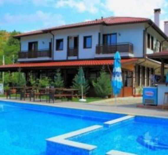 Хотел Елли Греко Мелник снимка басейн