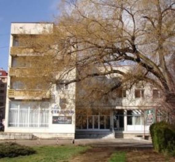 Хотел Стадион Велико Търново снимка