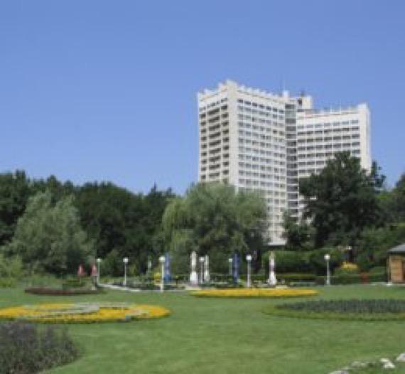 Хотел Добруджа, Албена
