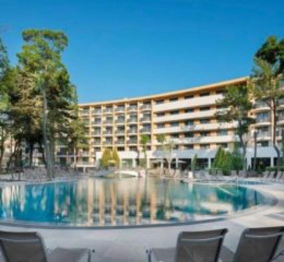 Клуб Хотел Бор Слънчев бряг снимка