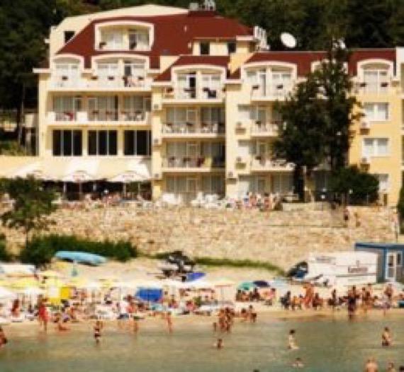 Хотел Хелиос Балчик снимка