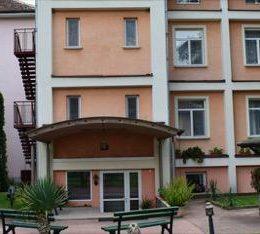 Хотел Тинтява 2 Вършец снимка