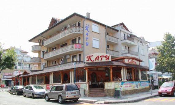 Семеен хотел Кати, Китен
