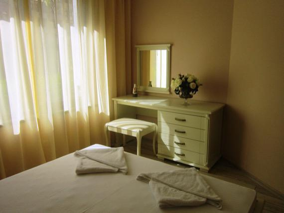 Комплекс Артур, Свети Влас - снимка спалня едноспален апартамент