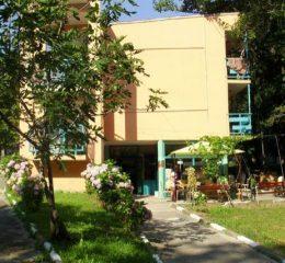 Хотел Светлина, Китен