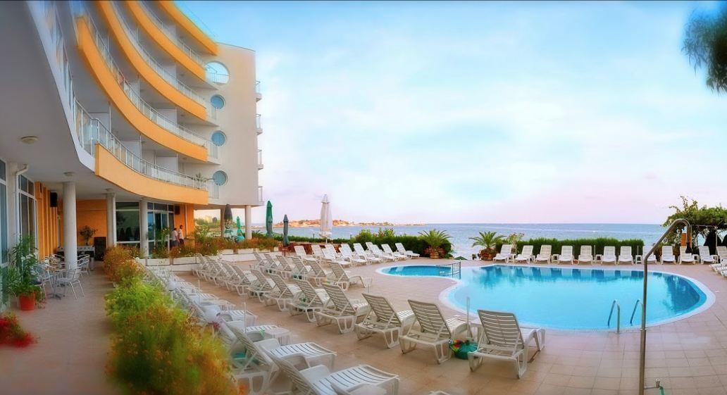 Хотел Афродита на Южния плаж на Несебър