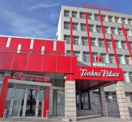 Хотел Теодора Палас Русе