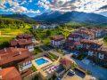 Лято на планина Банско с външен басейн