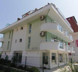 Семеен хотел Марта, Приморско